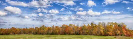 Paisaje del panorama del otoño Imagen de archivo libre de regalías