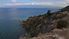 Paisaje del parque nacional de la península de Akamas, Chipre almacen de video