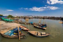 Paisaje del pueblo del pescador Foto de archivo libre de regalías