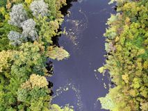 Paisaje del río en Hungría fotos de archivo