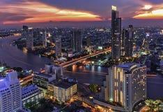 Paisaje del río en la ciudad de Bangkok Fotografía de archivo