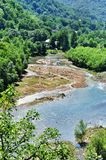 Paisaje del río rápido Malaya Laba imágenes de archivo libres de regalías