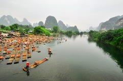 Paisaje del río de Guilin Li en Yangshuo China Foto de archivo libre de regalías