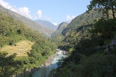 Paisaje del valle de Manang Fotos de archivo libres de regalías