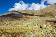 Paisaje del valle de Spiti, Himachal Pradesh, la India/tierra media foto de archivo
