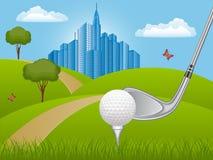 Paisaje del verano con el club de golf Foto de archivo libre de regalías