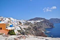 Paisaje del verano del mar: el Mar Egeo y la isla griega. Imágenes de archivo libres de regalías
