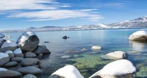Paisaje el lago Tahoe, California del invierno almacen de video