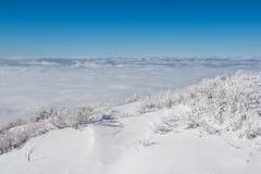 Paisaje en el invierno, Deogyusan en Corea foto de archivo