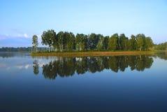 Paisaje en el lago Imagen de archivo libre de regalías