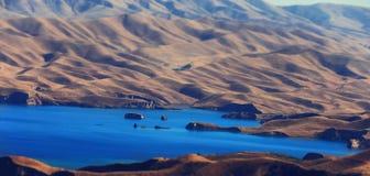 Paisaje enfocado del lago mountain Imagen de archivo libre de regalías