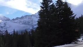 Paisaje escénico de la montaña de Polonia almacen de metraje de vídeo