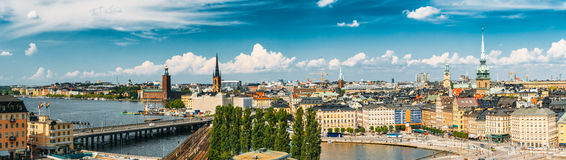Paisaje escénico del verano de la ciudad vieja en Estocolmo, Suecia fotografía de archivo libre de regalías