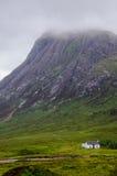 Paisaje escocés brumoso en glencoe Fotografía de archivo