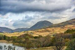 Paisaje escocés de las montañas fotografía de archivo
