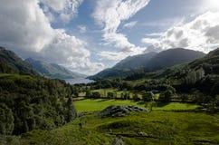 Paisaje escocés hermoso - vallye glenfinnan Imagen de archivo libre de regalías