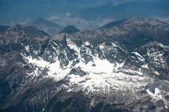 Paisaje espectacular de la montaña en el campo bajo del monte Everest Imagen de archivo