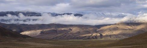 Paisaje espectacular de las montañas Imagen de archivo libre de regalías