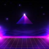 Paisaje futurista retro, mundo cibernético que brilla intensamente con rejilla y forma de la pirámide estilo del fondo 80s de la  Foto de archivo libre de regalías