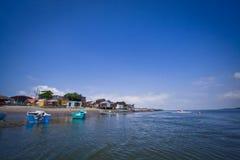 Paisaje hermoso de la ciudad en la playa de Cojimies Imagenes de archivo