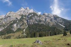 Paisaje hermoso de la montaña al lado de Werfenweng fotografía de archivo