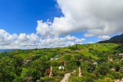 Paisaje hermoso de la montaña de Tailandia Foto de archivo