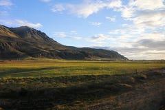 Paisaje hermoso de la montaña y del cielo Imagen de archivo libre de regalías