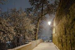 Paisaje hermoso de la noche Praga Imagen de archivo