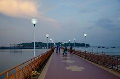 Paisaje hermoso en el crepúsculo del terraplén del mar de Andaman para virar a Blair India hacia el lado de babor Foto de archivo libre de regalías