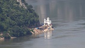 Paisaje hermoso en la garganta de Danubio almacen de video