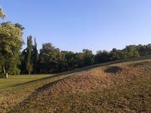 Paisaje hermoso en parque de la ciudad de Budapest foto de archivo