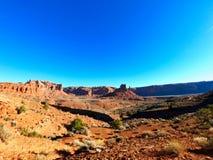 Paisaje hermoso en Am?rica, barranco del gran y skys azules foto de archivo