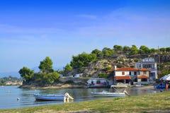 Paisaje hermoso Grecia de la playa de la bahía Imagen de archivo