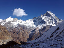 Paisaje magnífico en área de montaña de Annapurna Foto de archivo libre de regalías