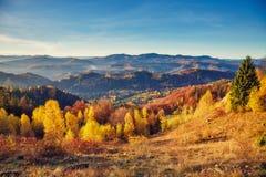 Paisaje majestuoso del otoño Imágenes de archivo libres de regalías