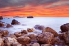 Paisaje maravilloso con puesta del sol en la playa en la costa vagos Fotografía de archivo libre de regalías