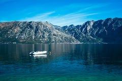 Paisaje marino, anj del  de PrÄ, Montenegro Foto de archivo libre de regalías
