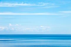 Paisaje marino con el cielo hermoso Imagen de archivo libre de regalías