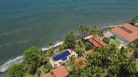 Paisaje marino con la playa tropical metrajes