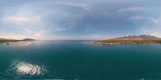 Paisaje marino con la playa vr360 almacen de video