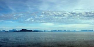 Paisaje marino de Lofoten Imagen de archivo libre de regalías