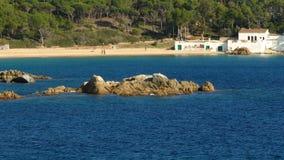 Paisaje marino del ` de Costa Brava del ` en Cataluña Lapso de tiempo metrajes