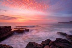 Paisaje marino del norte de la salida del sol de Avoca Imágenes de archivo libres de regalías
