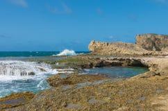 Paisaje marino del punta Las Tunas en cueva del indio foto de archivo libre de regalías