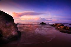 Paisaje marino en el amanecer foto de archivo
