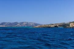 Paisaje marino en la isla de Ano Koufonisi, Cícladas Foto de archivo libre de regalías