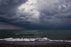 Paisaje marino en la lluvia Fotografía de archivo libre de regalías