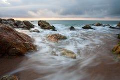 Paisaje marino en la puesta del sol Imagen de archivo libre de regalías