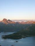 Paisaje marino en las islas de Lofoten imagenes de archivo