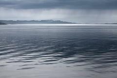 Paisaje marino lluvioso azul marino Foto de archivo libre de regalías